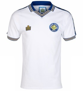 leeds united home kit
